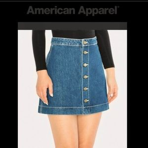 <NWT> American Apparel Denim Button Mini Skirt MED